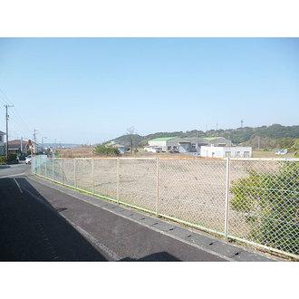 倉庫・工場用地の外観