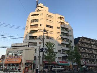 亀有中川マンションの外観
