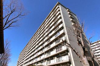 新松戸中央パークハウスB棟の外観