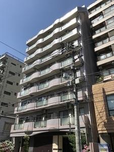 ルジェンテ・リベル上野稲荷町の外観