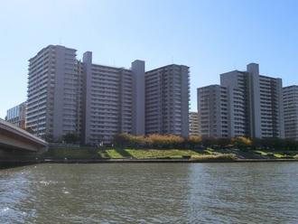 東京フロンティアシティ パーク&パークスの外観