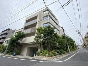 ローレルコート新宿夏目坂の外観