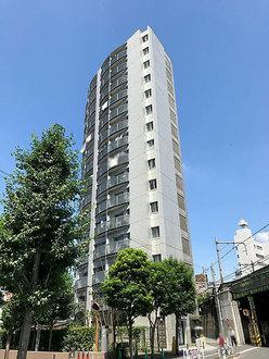 シャンボール北新宿の外観