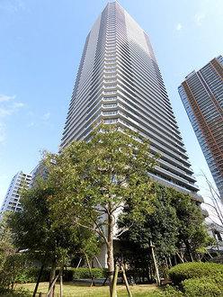 リエトコート武蔵小杉イーストタワーの外観