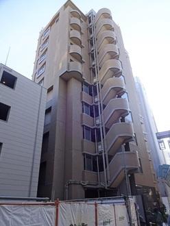 菱和パレス駒沢大学駅前の外観