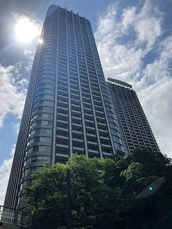 東京ツインパークスライトウイングの外観
