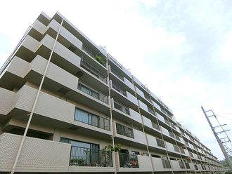 コスモ東戸塚グランパルク A棟の外観