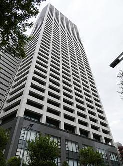 コンシェリア西新宿タワーズウエストの外観