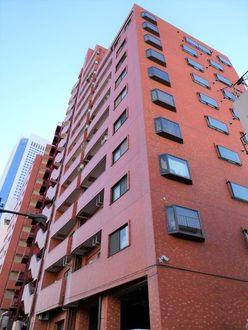 クレベール西新宿フォレストマンションの外観
