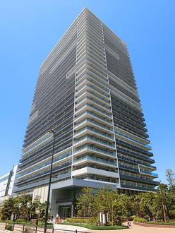 ブリリア有明シティタワーの外観