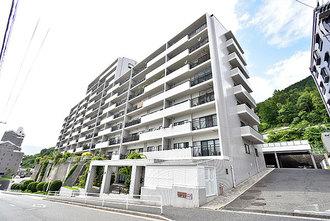 井口台パークヒルズ弐番館の外観