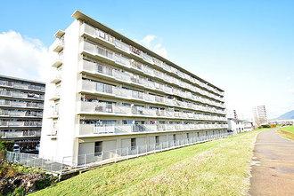 ファミール広島B棟の外観