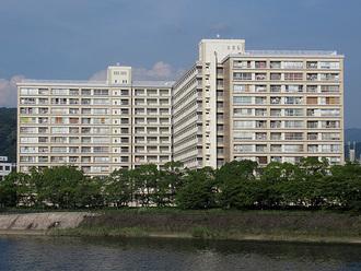 長寿園マンションの外観
