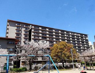 藤和奈良ハイタウンの外観