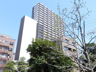 BELISTAタワー福島の外観