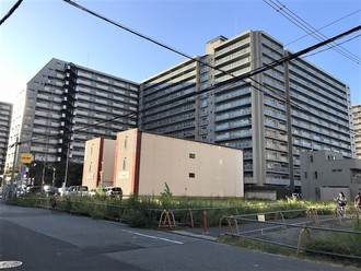 ファミールハイツ北大阪1号棟の外観