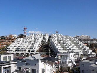 サンハイツ新井町三号棟の外観