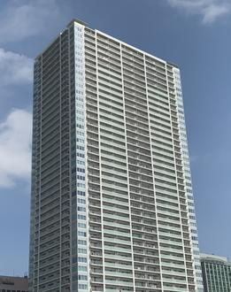 津田沼ザ・タワーの外観