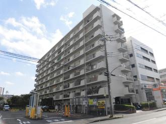 川口栄町グレースマンションの外観