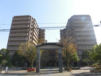 ライオンズマンション四条大宮ガーデンシティの外観