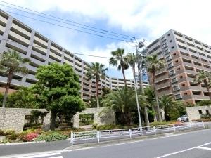 ライオンズマンションセントワーフ横濱の外観