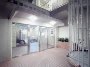 上前津中央マンションの外観