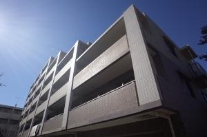 センチュリー横浜港南の外観