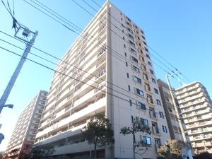 アルティフ・ガーデンズ川崎の外観
