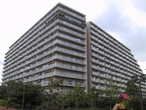 多摩川芙蓉ハイツ3号棟の外観