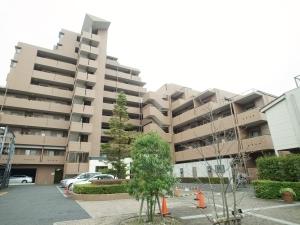 ライオンズマンション西武柳沢第3の外観