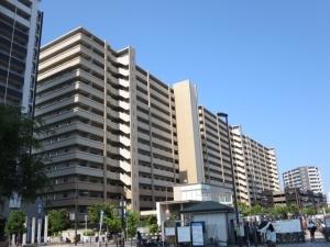大阪ブライトパークスの外観