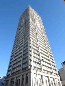 ライオンズタワー神戸元町の外観