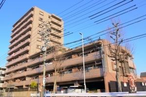 宝マンション東志賀の外観