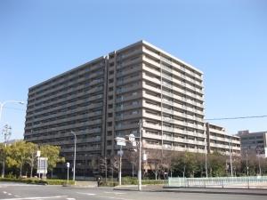 サーパスシティ草津新町の外観