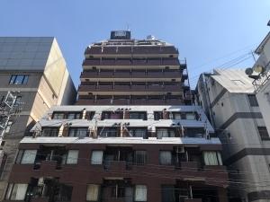 ライオンズプラザ新宿の外観