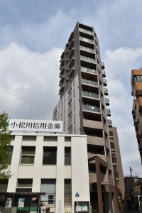 D'クラディア平井TOWER MARKSの外観