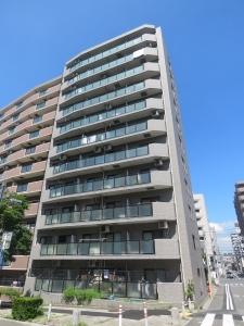 ライオンズマンション横浜リバーサイドの外観