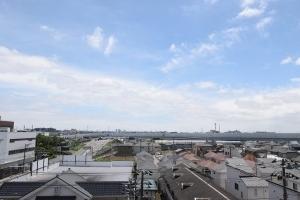 ライオンズマンション市川本八幡の外観