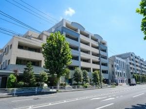 ライオンズステージ横濱元町の外観