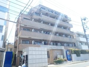 クレッセント新川崎の外観