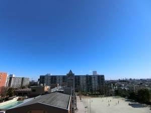 光が丘パークタウンゆりの木通り南1号棟の外観