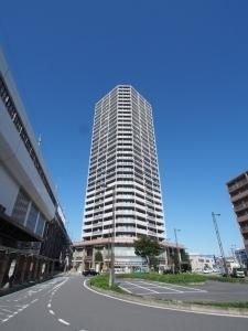 北戸田ファ-ストゲ-トタワ-の外観