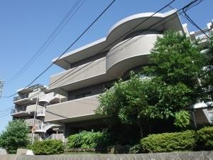 レクセルマンション多摩永山の外観