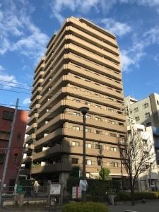コスモ上野ロイヤルフォルムの外観
