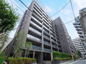 ウエリス新宿早稲田の森の外観