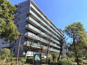 横浜星の丘ビューシティタウラスルーフA棟の外観