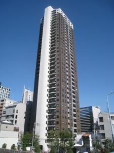 パークタワー大阪中之島フロントの外観