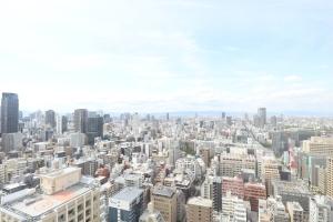 ビオール大阪大手前タワーの外観