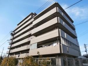 グラン・コート勝川の外観