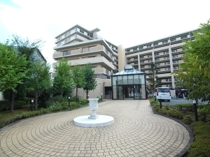 グランシティレイディアント横濱の外観